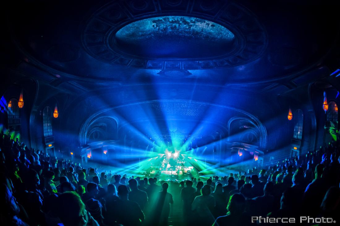 UM, Riviera Theater, Dec 29, 2016_Phierce Photo-_PRC0971-Edit
