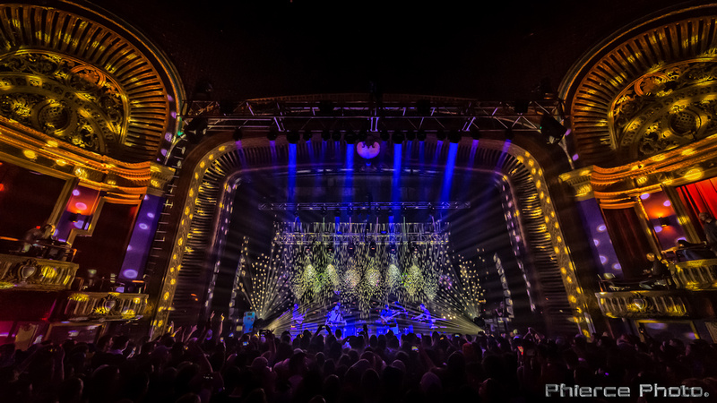 UM, Riviera Theater, Dec 29, 2016_Phierce Photo-_PRC1054-Edit