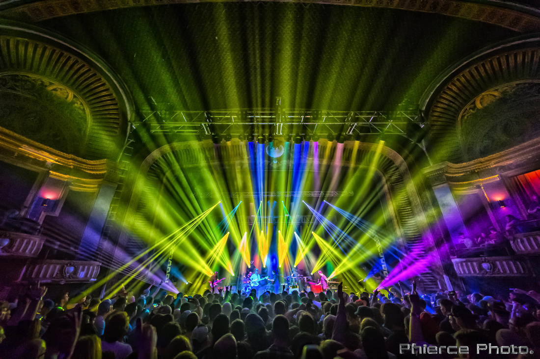 UM, Riviera Theater, Dec 29, 2016_Phierce Photo-_PRC1088-Edit