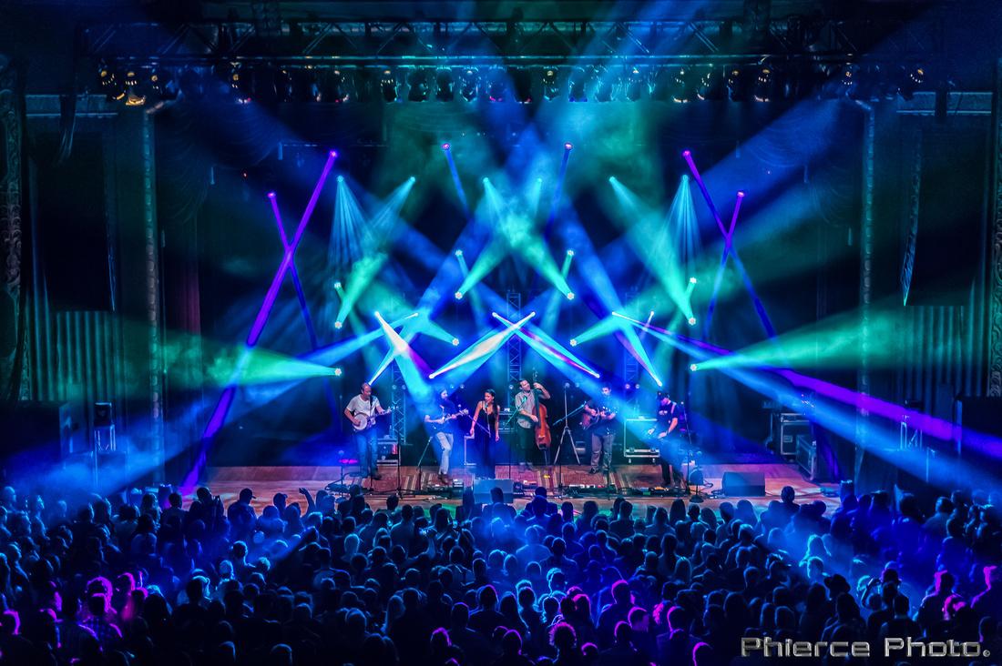 Royal Oak Theater, Dec 30, 2016_Phierce Photo-_PRC1808-Edit