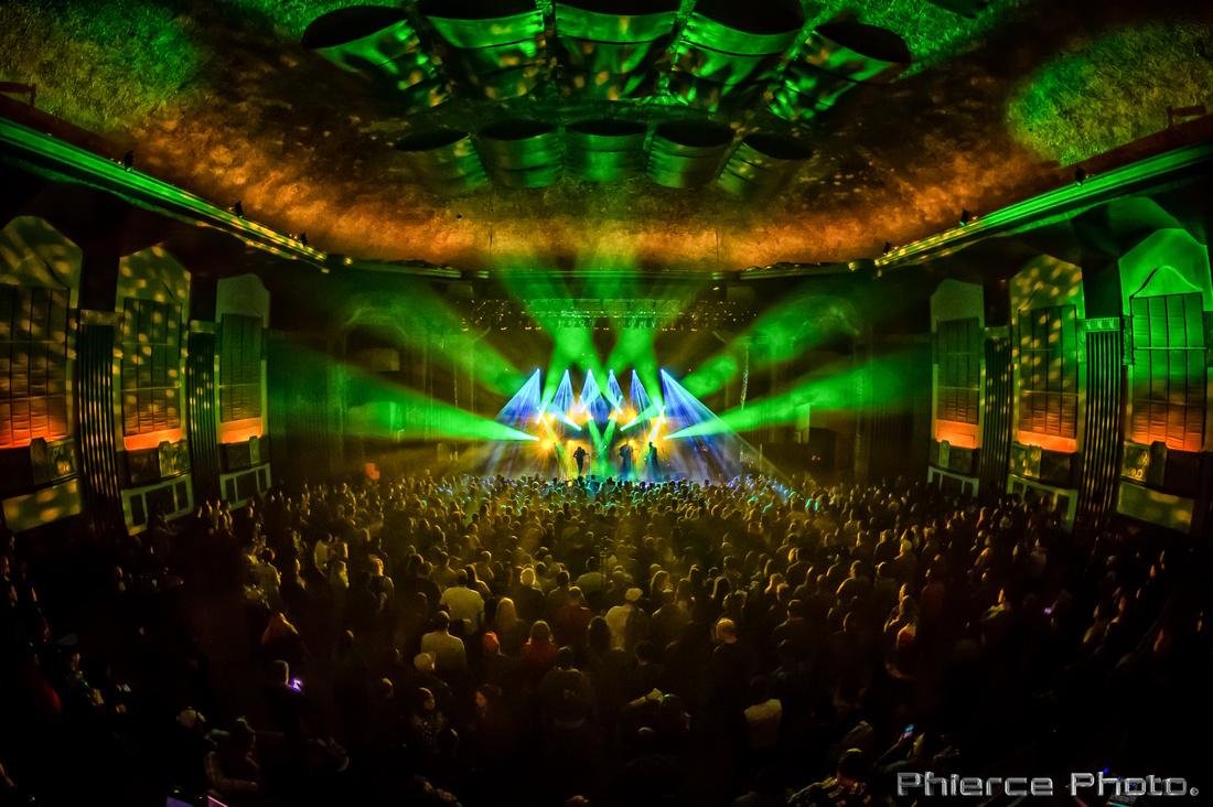 Royal Oak Theater, Dec 30, 2016_Phierce Photo-_PRC1960-Edit