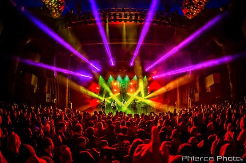 Royal Oak Theater, Dec 31, 2016_Phierce Photo-_PRC2460-Edit