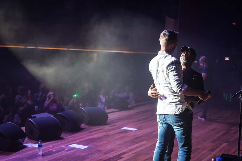 Brett Young @Darius & Friends_photo by Keith Griner 0D5_5507