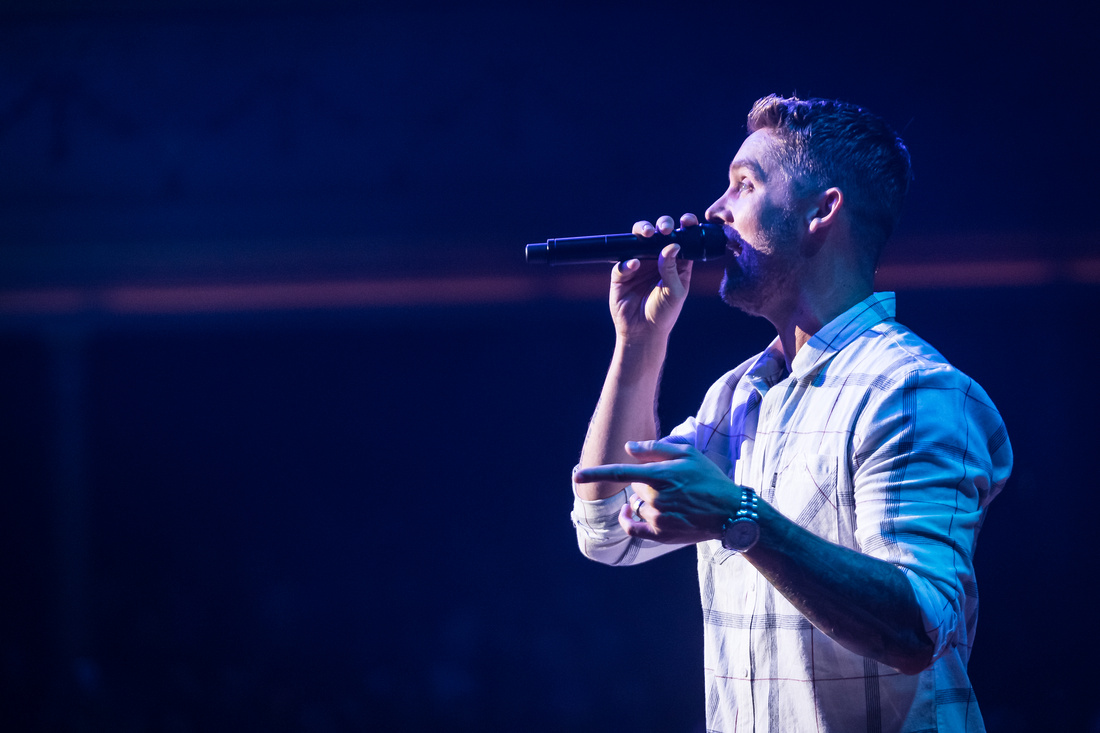 Brett Young @Darius & Friends_photo by Keith Griner 0D5_5534