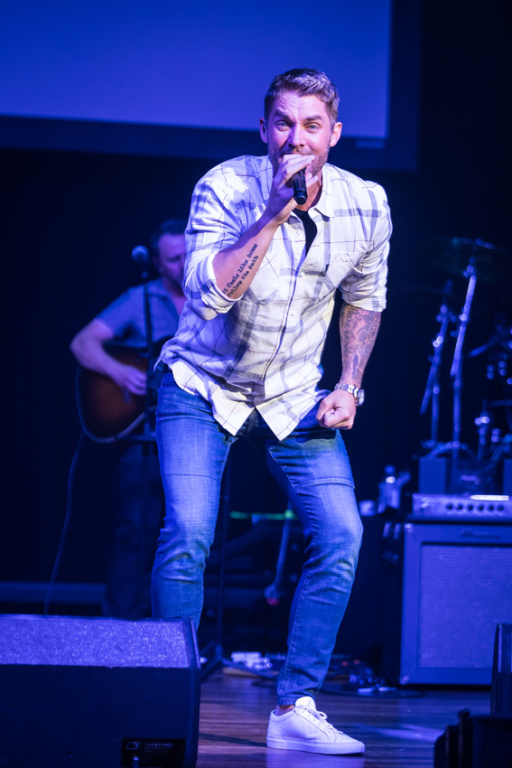 Brett Young @Darius & Friends_photo by Keith Griner 0D5_5547