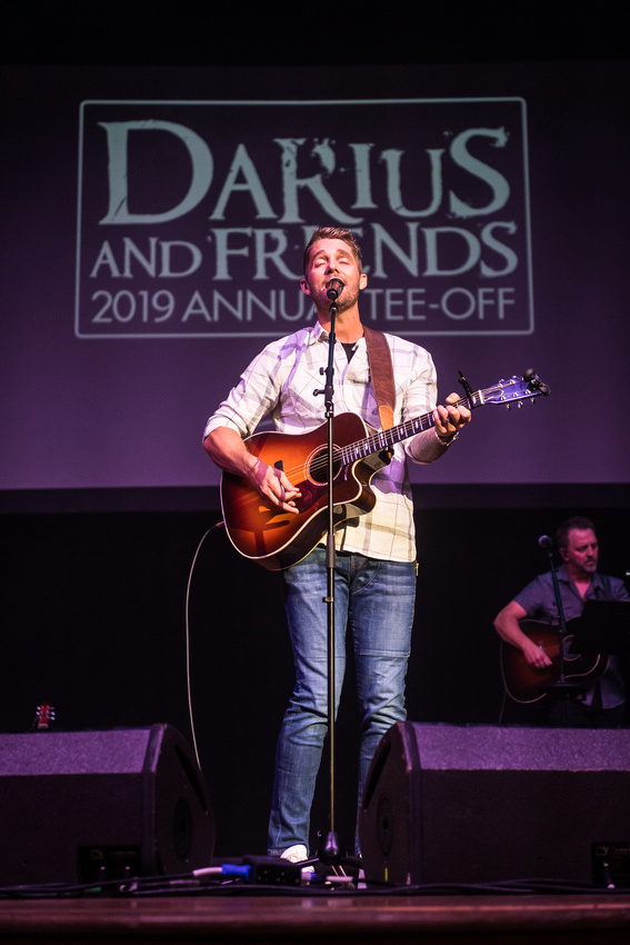 Brett Young @Darius & Friends_photo by Keith Griner 0D5_5575
