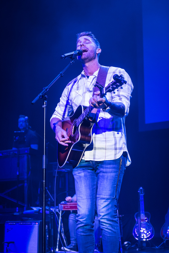 Brett Young @Darius & Friends_photo by Keith Griner 0D5_5584