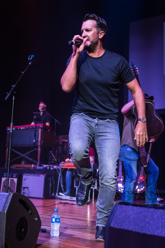 Luke Bryan_@Darius & Friends_photo by Keith Griner 0D5_5266