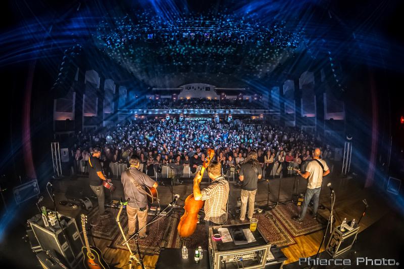 Royal Oak Theater, Dec 30, 2016_Phierce Photo-_PRC2035-Edit