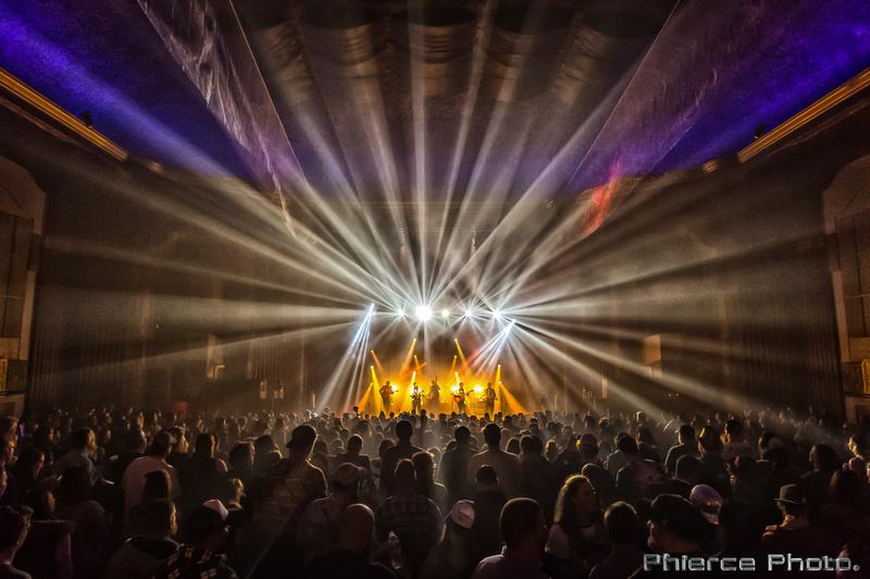 Royal Oak Theater, Dec 31, 2016_Phierce Photo-_PRC6324-Edit