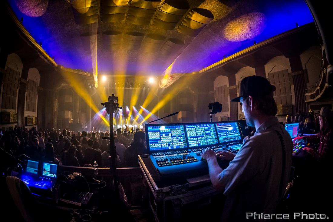 Royal Oak Theater, Dec 31, 2016_Phierce Photo-_PRC3111