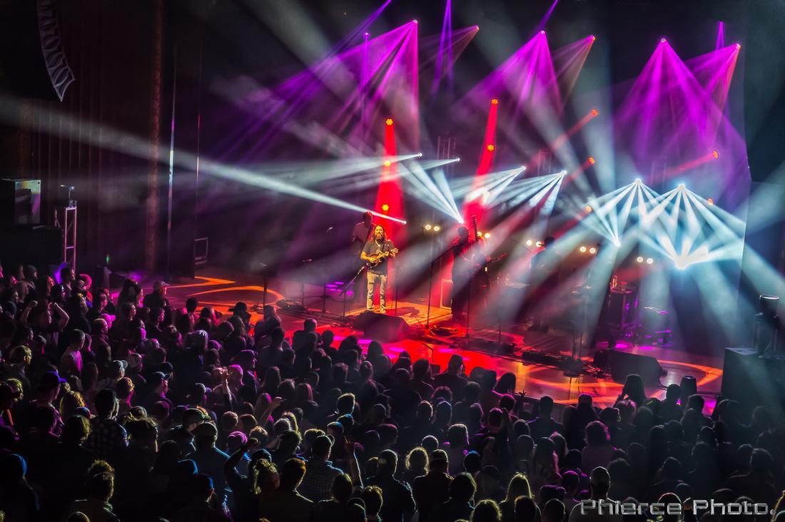 Royal Oak Theater, Dec 30, 2016_Phierce Photo-_PRC1976-Edit