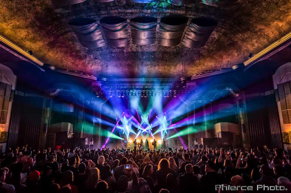 Royal Oak Theater, Dec 30, 2016_Phierce Photo-_PRC6112-Edit
