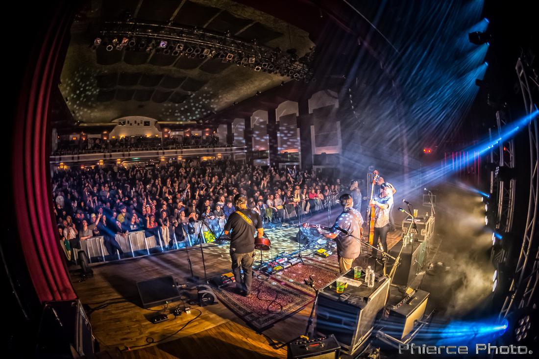 Royal Oak Theater, Dec 30, 2016_Phierce Photo-_PRC2025-Edit