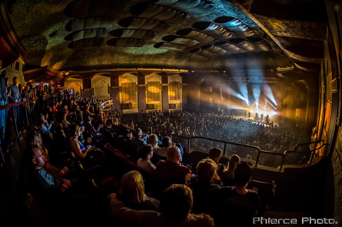 Royal Oak Theater, Dec 30, 2016_Phierce Photo-_PRC1997-Edit